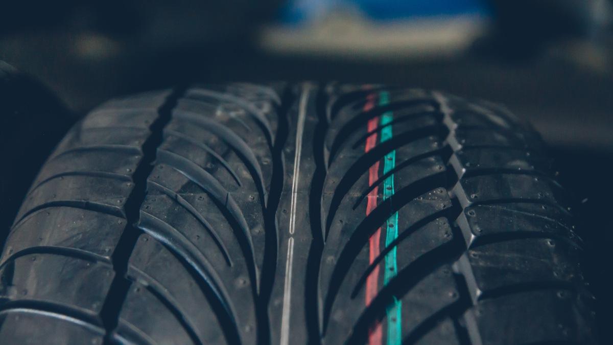 Install: Riken Raptor ZR Tires (235/45/17)